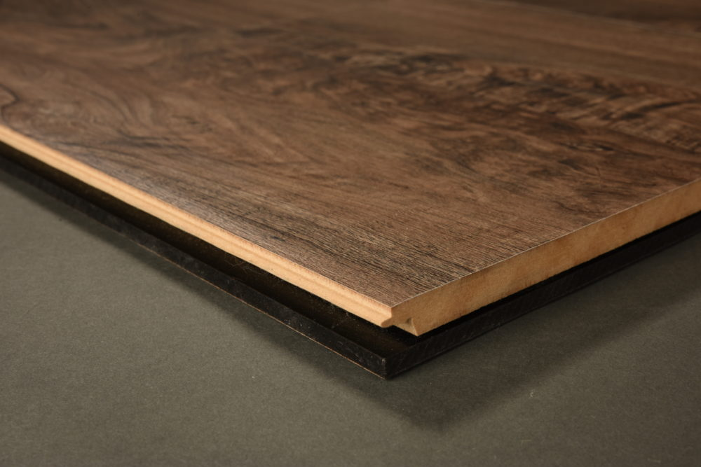 Laminate_Quick_Step_Premier Laminate_Smoked_Accacia_Entry_Kitchen_03